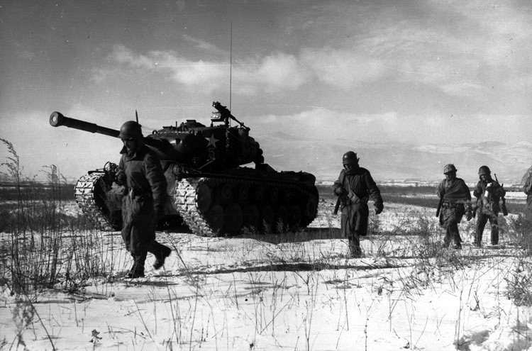 Soldiers at the Chosin River Reservoir during the Korean War